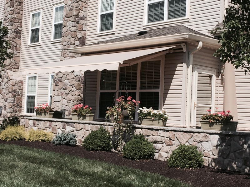 Best Retractable Awnings Prices Whitpain & Upper Providence PA