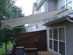 retractable awnings pa